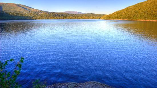 Imagen 6: Lago de Sanabria. Fuente: Tripadvisor