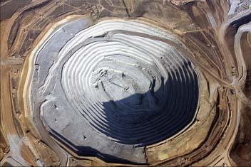 """Imagen 2: Mina de """"Las Cruces"""" Fuente: elmineraldigital.blogspot.com"""