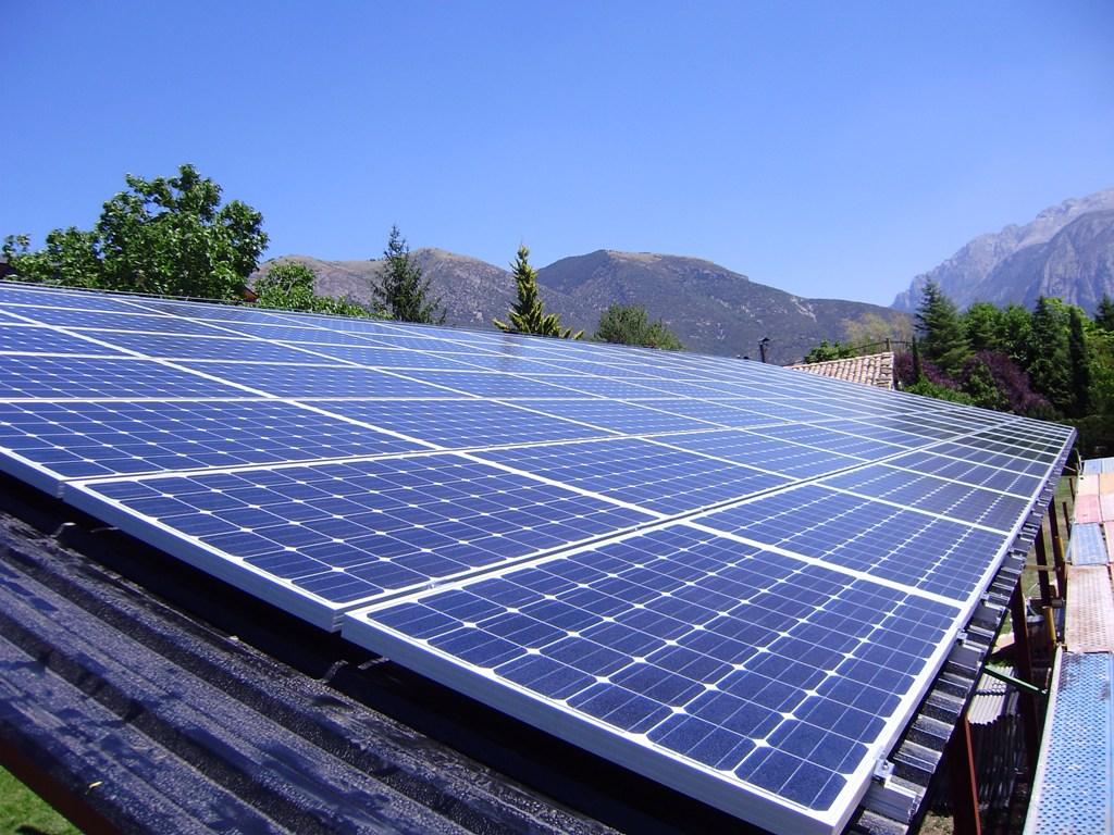 Las placas solares una soluci n al cambio clim tico for Montar placas solares en casa